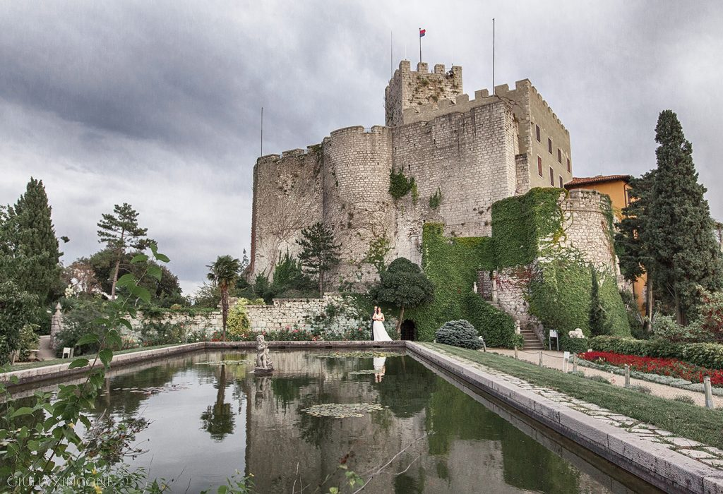 0011 benvenuti nella gallery del fotografo di matrimonio al castello di Duino Trieste Giulia Zingone Duino Castle destination wedding photographer Hochzeit in Schloss Duino