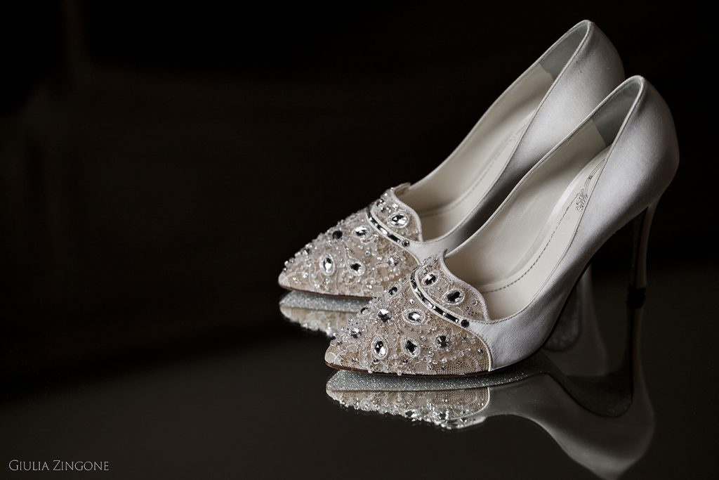 benvenuti nella gallery del fotografo di moda sposa Giulia Zingone fashion photographer in PMilan for Rene Caovilla wedding shoes