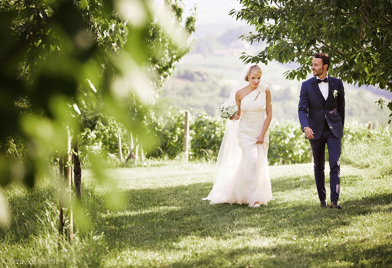 0021 benvenuti nella gallery del fotografo di matrimonio tra le vigne in campagna nelle location per matrimoni piu belle del Friuli e Lombardia Giulia Zingone Italian vineyard wedding photographer