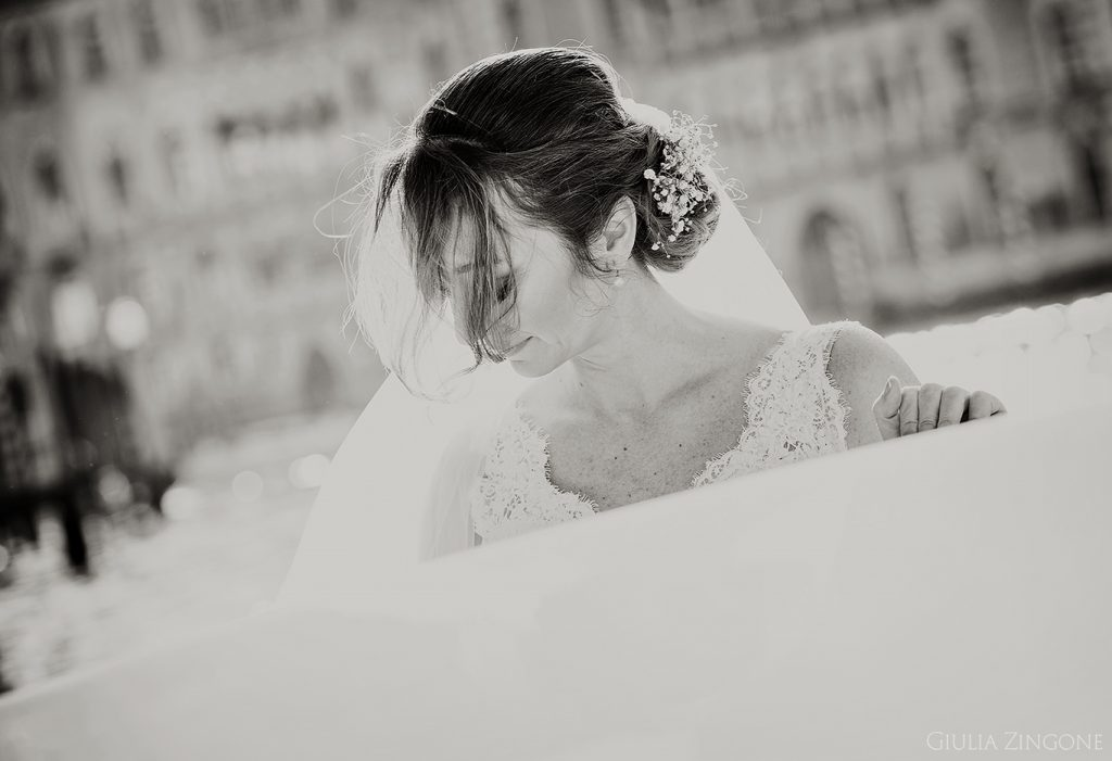 lavoro come fotografo di matrimonio a Palazzo Pisani Moretta a Venezia sono Giulia Zingone Venice destination wedding photographer in Italy
