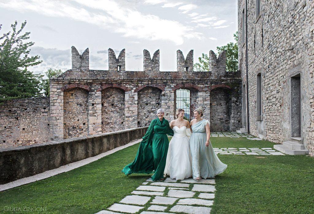 0040 benvenuti nella gallery del fotografo di matrimonio alla Rocca di Angera sul lago Maggiore Giulia Zingone lake Maggiore italian wedding photographer